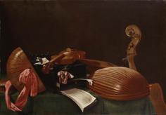 """Evaristo Baschenis (1617-77) """"Strumenti musicali"""", 1660-70 Il lavoro di Baschenis è estremamente interessante. Si dedicò esclusivamente (salvo qualche rarissima eccezione) alle nature morte con strumenti musicali come soggetti. L'illusionismo della resa, ottenuto grazie a un estremo realismo di stampo olandese, risulta però in una sospensione della rappresentazione. Gli strumenti, gli spartiti, sembrerebbero pronti per essere usati, ma giacciono invece abbandonati da tempo, come suggerisce la polvere di cui sono ricoperti (magistrale l'impronta di un dito che attraversa lo spesso strato di polvere). Ciò che dovrebbe essere usato dall'uomo rimane abbandonato e privo di scopo, quello che dovrebbe essere un suono si riduce a silenzio. Il tema della natura morta, e di natura morta come quella concepita da Baschenis, nel Seicento si lega a una riflessione angosciosa sul tempo: l'uomo è contingente e così la sua vita, il tempo passa e la decadenza è inevitabile, nella consapevolezza che il futuro e l'aldilà sono incerti e non garantiti."""