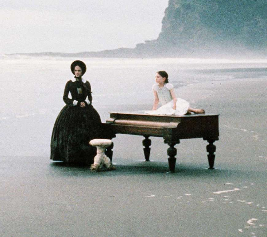the-piano-1993-beach