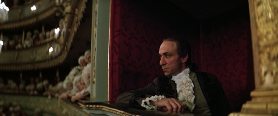 "Salieri (F. Murray Abraham) in una scena di ""Amadeus"" (1984)"