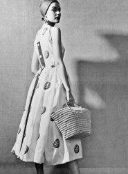 """Uno degli abiti della collezione """"Separates""""(1952) © Givenchy Archives"""